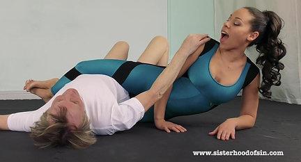 SOS0116 Laken - Scissor domination in shiny spandex bodysuit