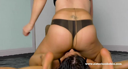 SOS0119 Oil Pantyhose Scissor Fight - Athena vs Scorpion