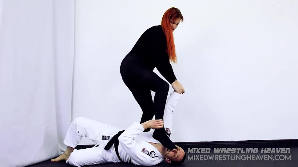 MWH0083 Chloe Davis beats down Karate Man