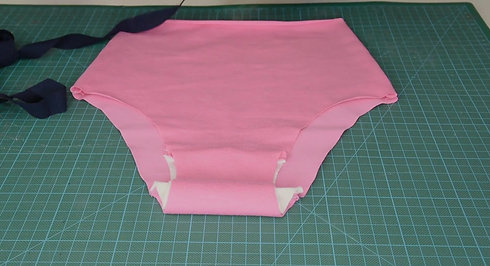 BK Sewing Studio - Free Pants Tutorial