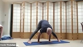 10:1 Dynamic Yoga with Matthew