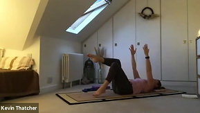 30:3 Pilates & stretch with Carolyn