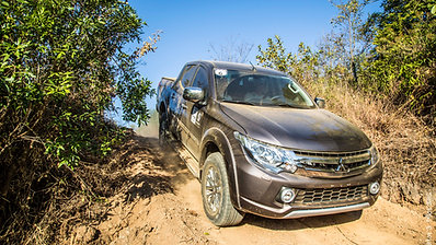 Vídeo - 4x4 Driving School