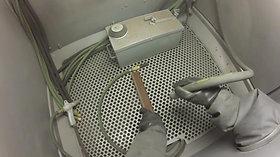 Clemco-Pressure-Blast-Demonstration