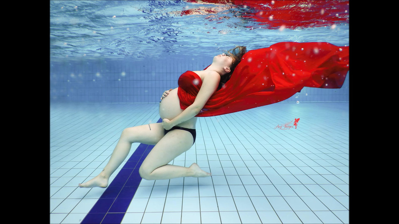 Séance piscine photographie sous l'eau