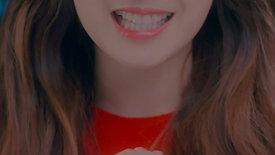 LOONA HeeJin, HyunJin, HaSeul - The Carol