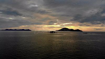 Sunset Over The Sea | Lama