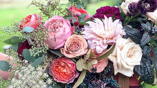 Garden Rose and Dahlia Bouquet Using Chicken Wire Armature